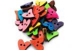 botones madera de corazones