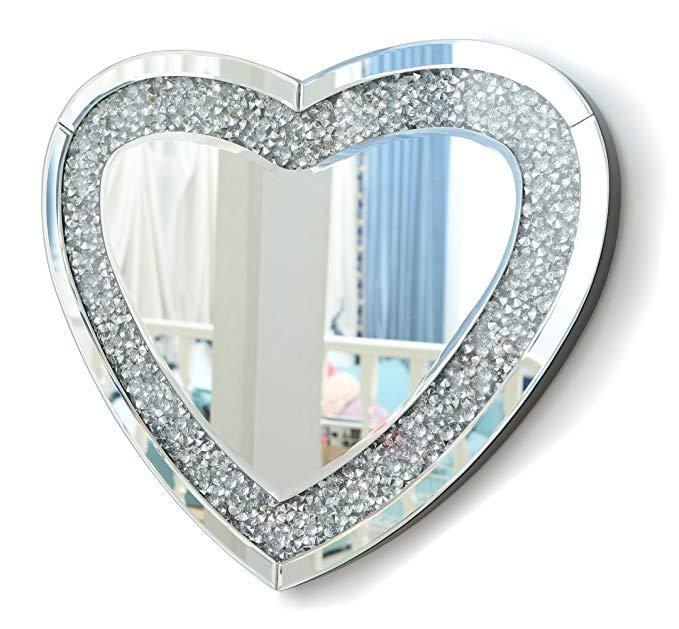 Espejo de pared con forma de corazón